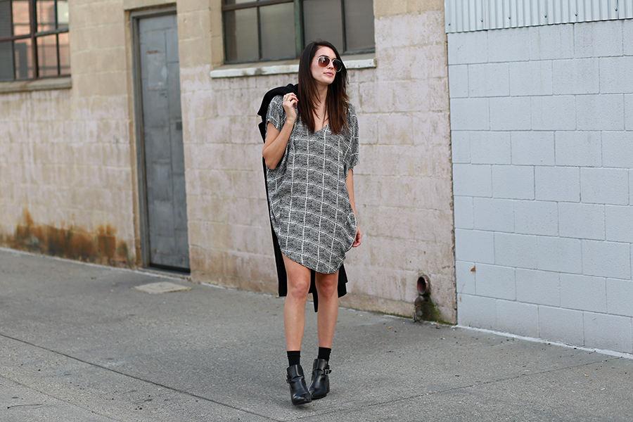 Bella Luxx dress, Thrifted coat, Forever 21 booties, Forever 21 sunglasses