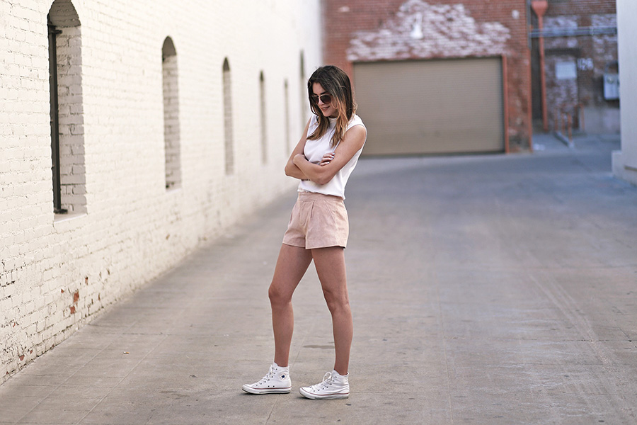 forever21 suede shorts converse hightops 2