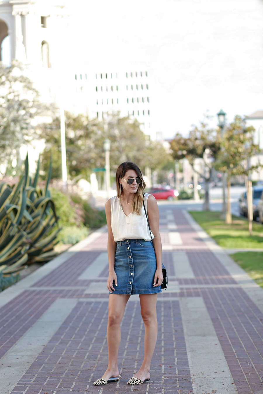 hm denim skirt forever21 blouse leopard flats