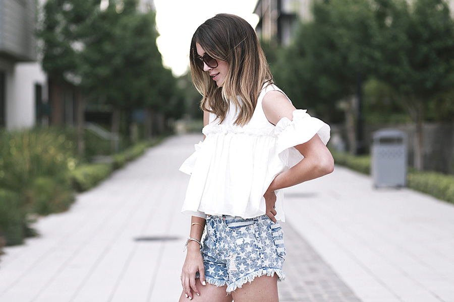pixie market white top target star shorts sam and libby gladiator sandals 5
