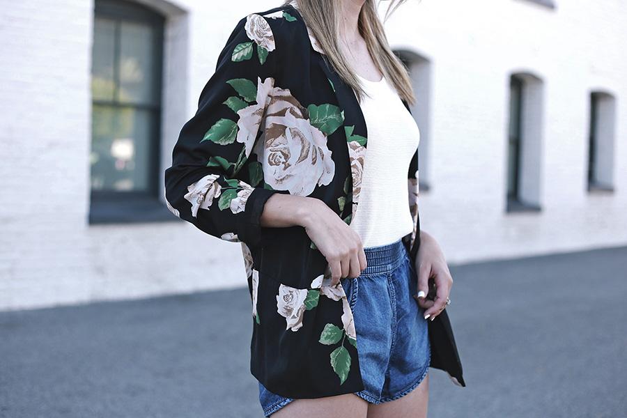Forever 21 Floral Blazer Tulip shorts Slumlove sweater 3