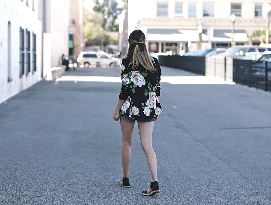 Forever 21 Floral Blazer Tulip shorts Slumlove sweater 7