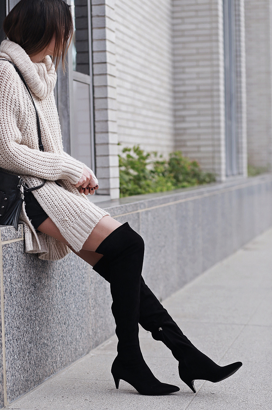 Low Heel Pointy Toe Boots