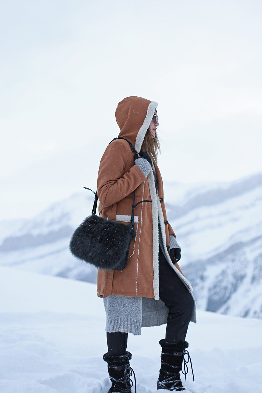Snow Mountains Warm Shearling Coat