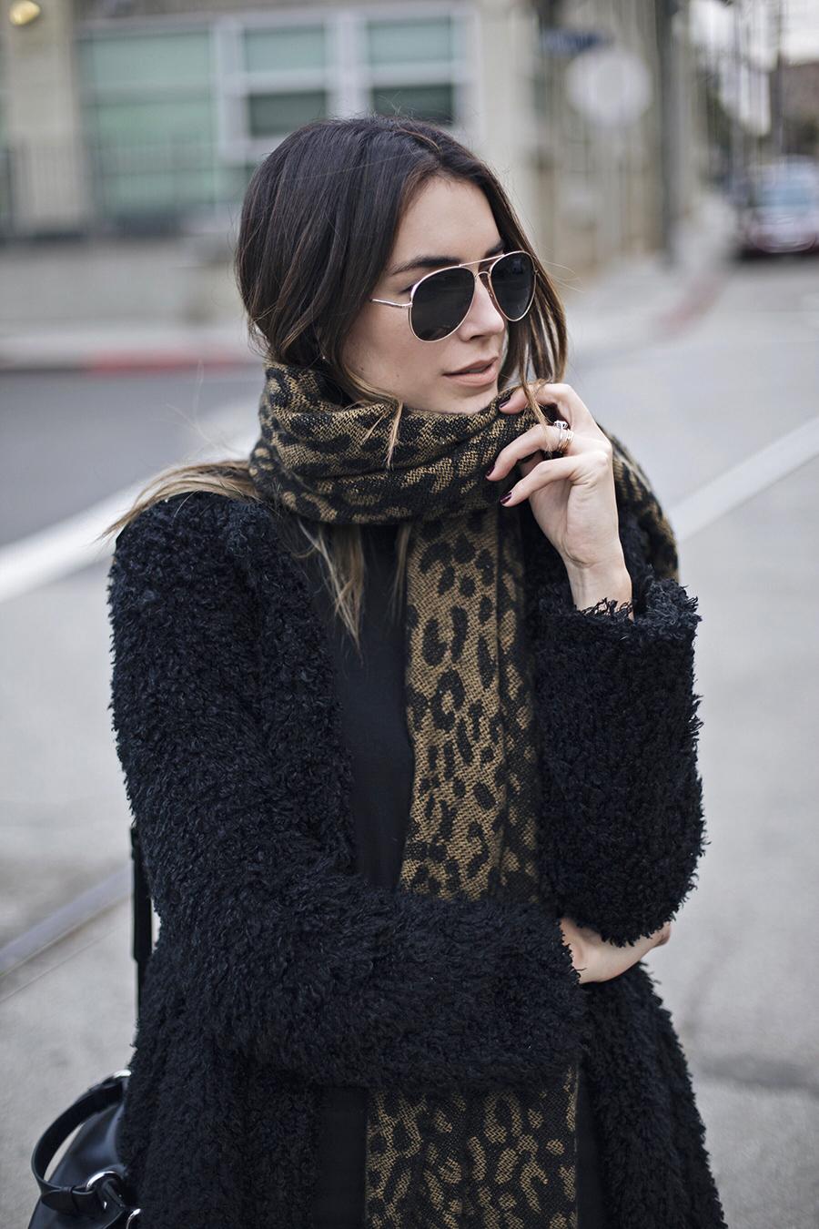 Oversized Knit Scarf Aviator Sunglasses Fashion Blogger