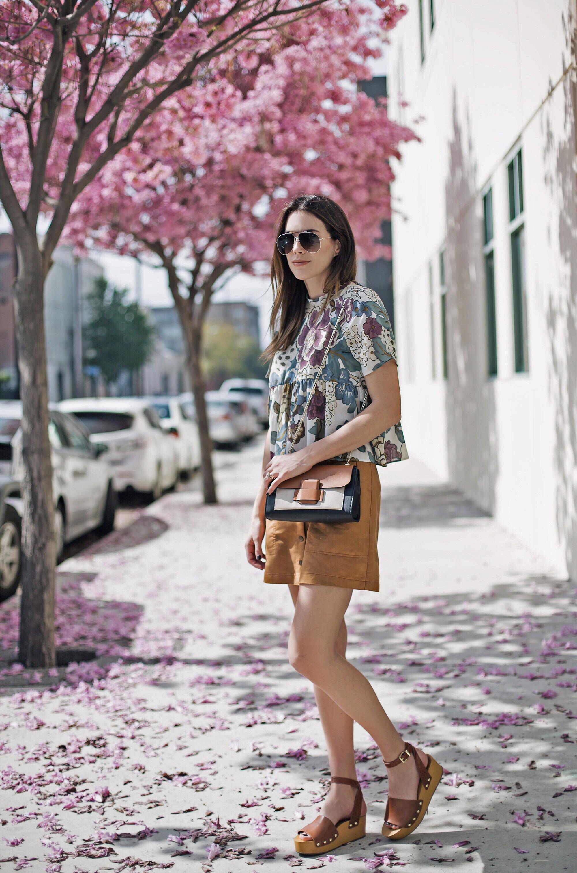 Wooden Flatform Sandal Tan Skirt