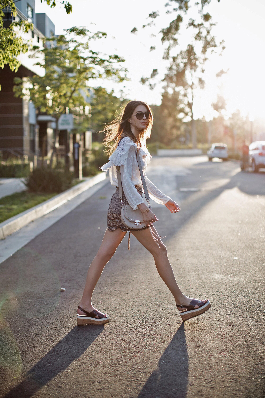 Sunlight Street Style Blogger Look